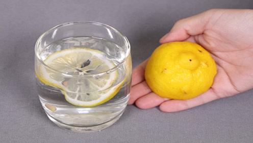 柠檬应该用冷水泡还是热水泡?后悔知道的太晚,快改正