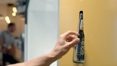 """啤酒瓶也能变成沙子盖房子?这家啤酒公司发明的""""制沙机器""""真牛"""