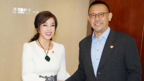 刘晓庆姜文分手25年后再同框 共忆《芙蓉镇》