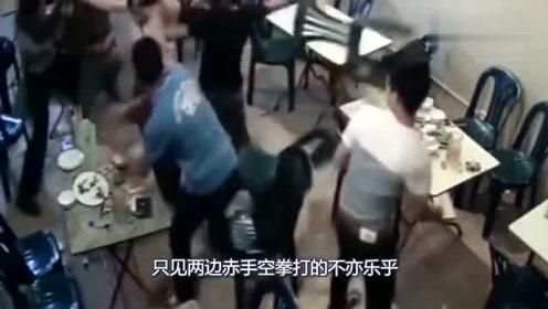 最瞧不起打架时背后放枪的人,别人转身跟他打,他倒转身逃跑了