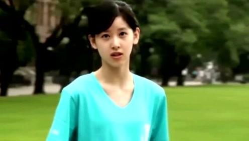 章泽天发文感慨自己走红10年,自认那张手捧奶茶的照片改变了命运