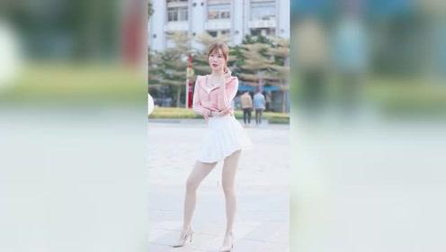 广东街头遇到的小姐姐,这么漂亮的姑娘,有没有击中你的心?