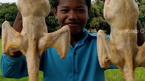 印度男孩野外做美食,鸡块这样做你见过吗?光看着就食欲满满了