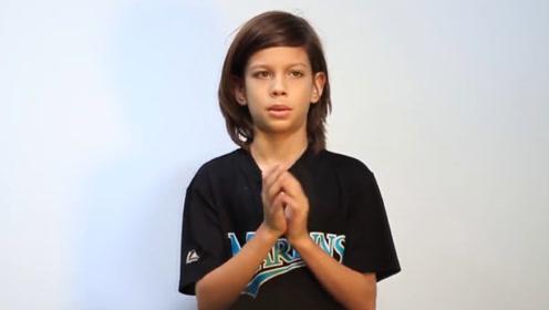 奇葩吉尼斯纪录,男孩一分钟拍手1080次,看的人眼花缭乱!