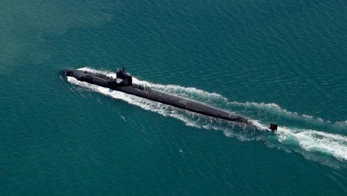 伊朗深水炸弹爆炸!3艘美国核潜艇被迫上浮,专家:不是巧合