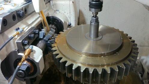 工厂实拍,价值过万的齿轮开齿过程,这是一场硬碰硬的较量