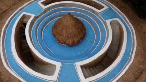 牛人亲手打造一个豪华泳池,跳进去的那一刻,网友:惊艳到了!