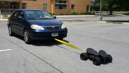 玩具车也有这么大动力?1000多公斤的拉罗拉都能拉动,你敢信?