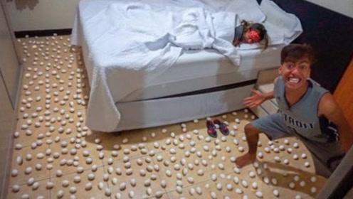 熊孩子在老妈卧室摆满鸡蛋,叫醒老妈后看到表情,瞬间怂了!