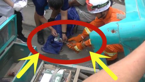 太倒霉!三轮司机被刹车钢条扎穿小腿血流不止,消防紧急救援!