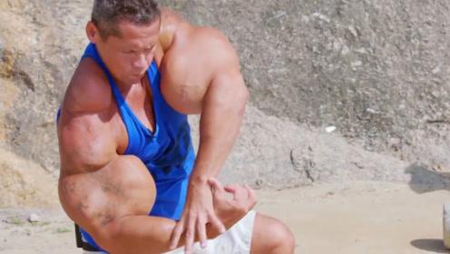 """男子拥有逆天肌肉,同事称为""""绿巨人"""",家人让他停下来"""