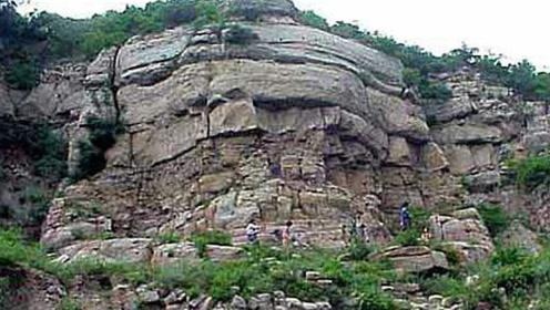 消失600多年的大佛出现了,藏于乱石之中,要怎么解释?