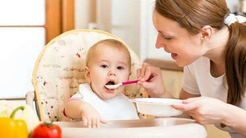 孩子吃盐的时间有讲究,太早太晚都不好,新手爸妈要注意把好关