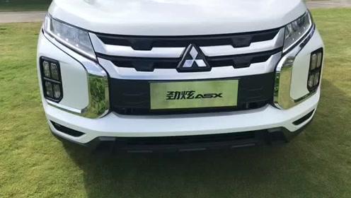 新车抢鲜看:广汽三菱劲炫ASX前脸,最新外观设计组合车灯矩阵