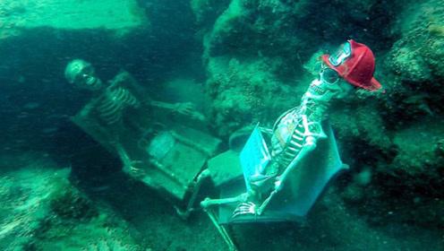 老外到海里潜水,意外发现被绑在椅子上的人,得知原因不淡定了