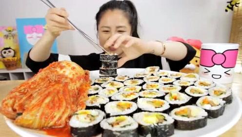 泡菜寿司+一整颗大白菜,一顿把我一年吃的泡菜都吃完了