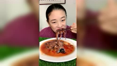 海鲜吃播:软糯大八爪鱼