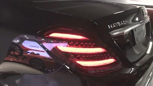 """奔驰最贵的轿车迈巴赫,看到这盏""""星辰尾灯""""就知道不简单!"""