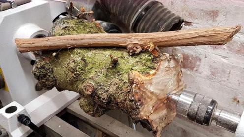 不起眼的木头如何让它价值连城?大叔展示高超手艺,要排队才能买