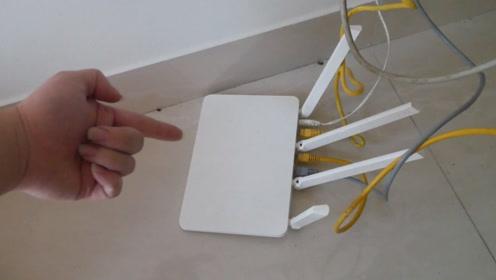 家里网速又卡又慢!可能路由器放了这3样东西,网速会变得时好时坏