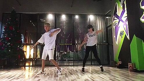 刘亦菲跳舞竟然这么好看?自拍现代舞视频火了