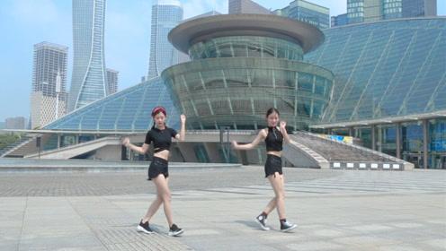 火爆全球的鬼步舞教学,两分钟带你看完最现代的大杭州