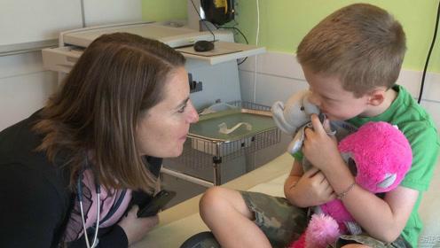 如何帮孩子克服看病恐惧心理,教你几招让孩子不再抗拒去医院!