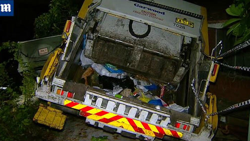 悉尼12吨重垃圾车失控冲进民宅 一路毁坏数辆汽车