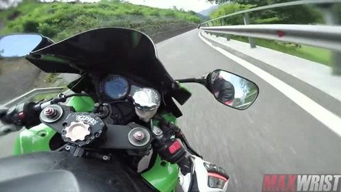 太快了!民间车手骑重机山路极限压弯