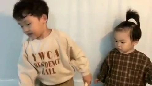 萌化了!宋仲基两个侄子用小奶音给他唱生日歌,祝叔叔生日快乐