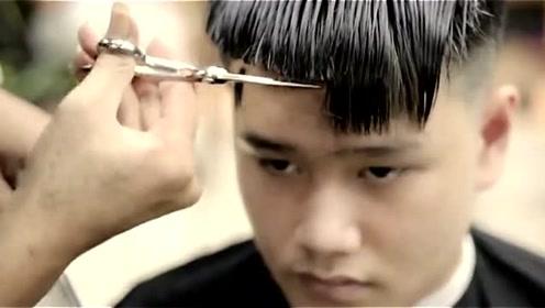 大脸男生剪齐刘海,很霸气