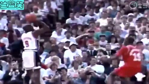 百年难得一见的篮球天才,乔丹的进攻手段无懈可击,简直无解