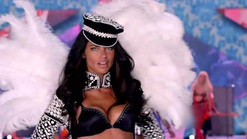 超美,头戴王冠完美身材,维密天使女王般的气质