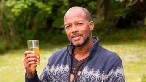 奇葩男子喝尿为生,喝尿6年治愈疾病,绝症也可以?