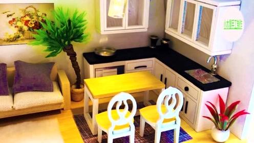 创意视频,纯属手工制作,精美小木屋单人床沙发餐桌椅子电视机