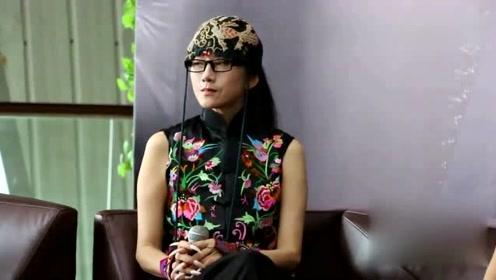 61岁杨丽萍新舞美爆热搜:每天只吃苹果和玫瑰,真正的神仙姐姐