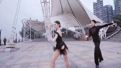 超级大长腿!拉丁舞《Swish Swish》溢出屏幕