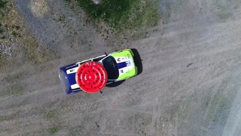 老外150米高空掷飞镖,命中率惊人!网友:飞镖世锦赛要出黑马