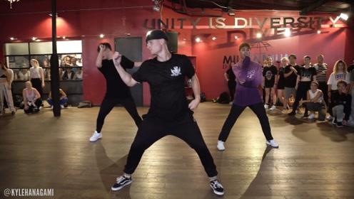 国外舞者演绎黄老板新单Antisocial,这个编舞有点帅