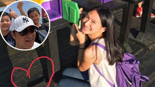 马景涛晒照为28岁的女儿庆生,五官清秀像爸爸、儿子像妈妈