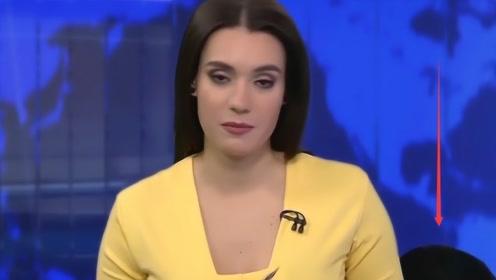 西班牙女主持新闻直播,不料突发意外,收视率因此创下新高!