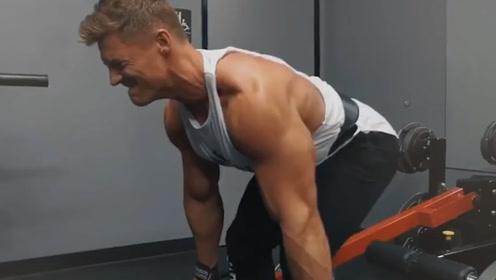 增肌更是别想了!这3种健身方式,身体只会越练越虚
