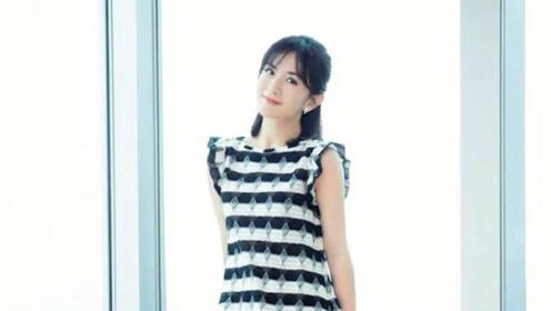 """谢娜被叫""""太阳女神"""",38岁穿黑白条纹裙,一点不像当妈的人"""