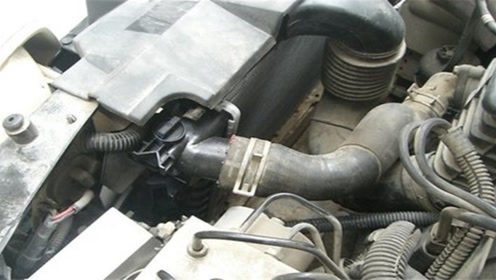修车师傅提醒:这个汽车保养知识要知道,不然汽车提前报废