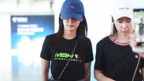 李沁现身机场,未修图曝光四肢纤细抢镜,网友:能有80斤?