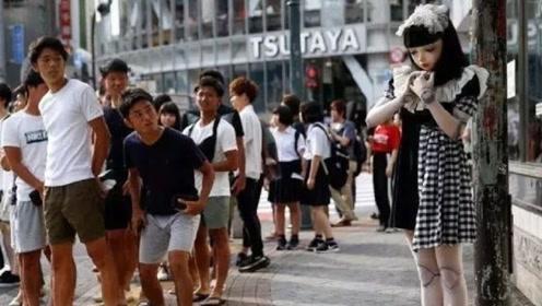 日本街头惊现真人芭比娃娃,直接吓坏路人,难道是整容失败了吗