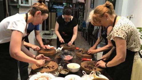 法国美女来华学了道中国菜,回国父母尝后直呼:羡慕中国人每天吃