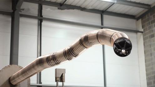 日本研制出蛇形机器人:能钻进人的身体,行进速度每秒10厘米