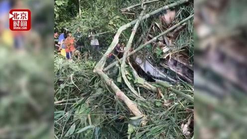 中国旅行团老挝车祸致5死14人失踪  事发车上为南京一旅行团