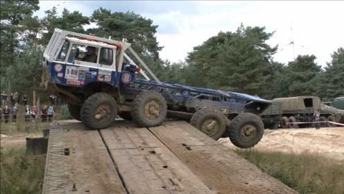 世界最强卡车,可以8驱运行,一半的司机都开不了